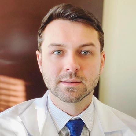 Dr. Rodrigo Caseca dos Santos