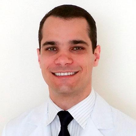 Dr. Eduardo Knop