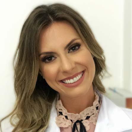 Dra. Júlia Vieira Oberger Marques