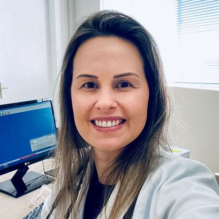 Dra. Enemara Cristiane Pretto