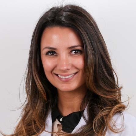 Dra. Larissa de Freitas Nunes Goldoni