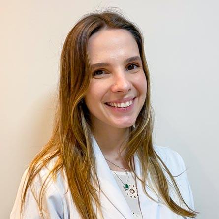Dra. Isabela Manzano Heusi