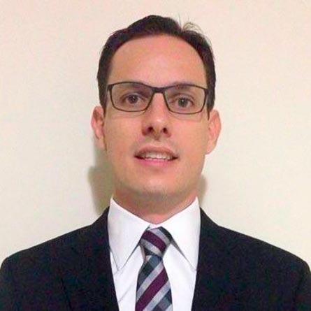Dr. Tiago Bueno da Silveira