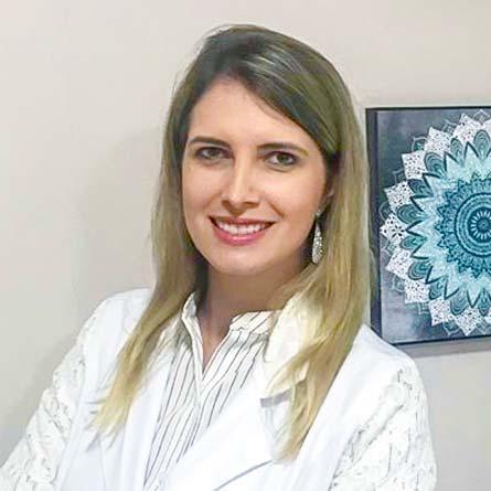 Dra. Flávia Kruscinsk dos Anjos